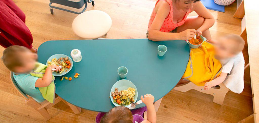 temps de repas pour les enfants